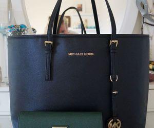 mk, micheal kors bag, and green wallet image