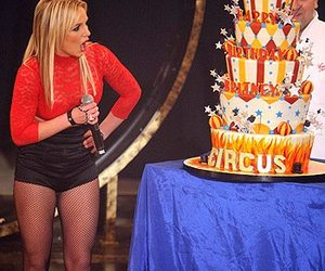 britney spears, cake boss, and buddy valastro image