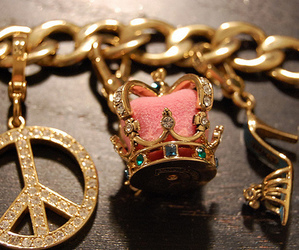 crown, peace, and bracelet image