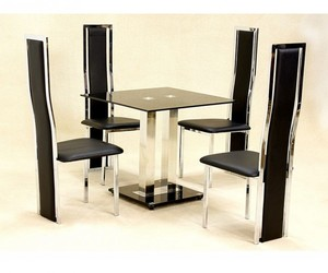 dining room, small space, and dining chairs image