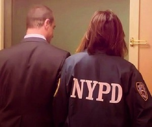 svu, mariska hargitay, and chris meloni image