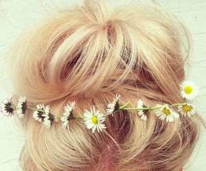 blonde, daisy, and flower crown image