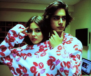 victoria justice and avan jogia image