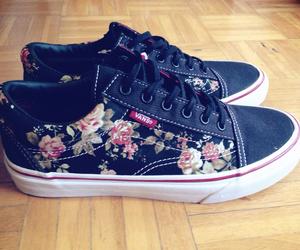 black, floral, and oldskool image
