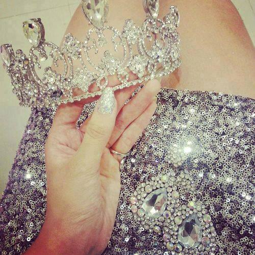 crown, fashion, and nails image