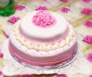 buttercream, cake, and cakes image