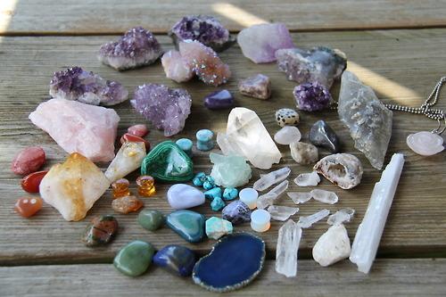 تفسير الحجارة في المنام الحصى و الصخور في الحلم
