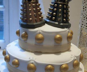 cake, doctor who, and Dalek image