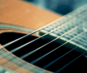 strings and guiter image