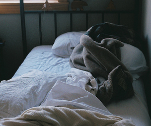 bed, hipster, and pretty image