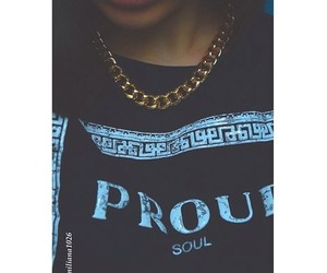 dope, gold chain, and lip stick image