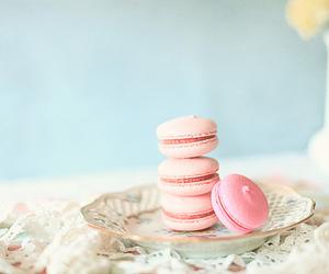 pink, pastel, and macaroons image