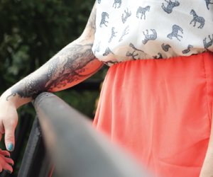 dress, tattoo, and vestido image