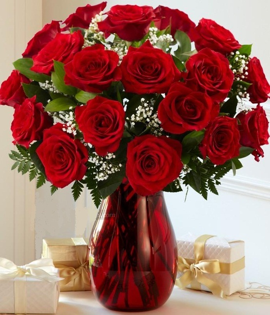 Ideas Amorous Valentine S Table Ornaments Astounding Red