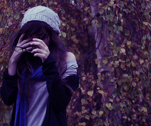 girl, glasses, and autumn image