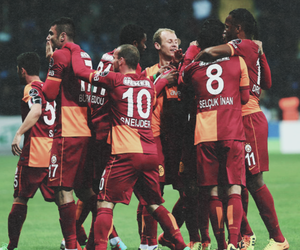 galatasaray, didier drogba, and wesley sneijder image