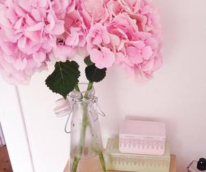 decor, luxury, and flowers image