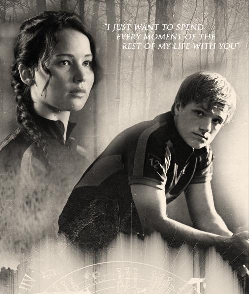 Peeta Katniss 333 Discovered By Larreey On We Heart It