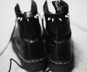 black, dr martens, and pretty image