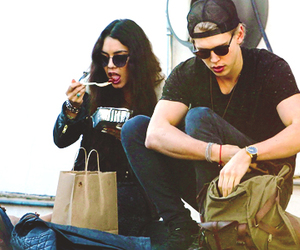 awh, couple, and austin butler image