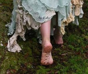 dress, vintage, and feet image