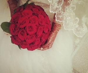 henna, wedding, and flowers image