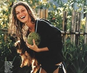 model, Gisele Bundchen, and smile image