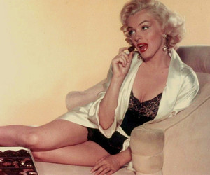 Marilyn Monroe, old hollywood, and retro image