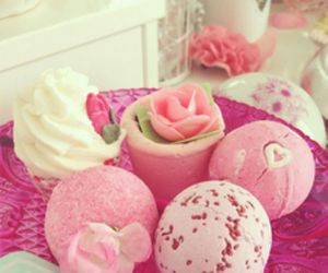 bath bombs, pink, and girly image