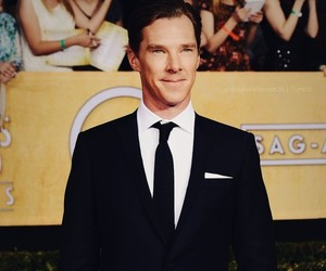 benedict cumberbatch, cute, and handsome. suit and tie image