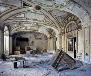 abandoned, detroit, and piano image