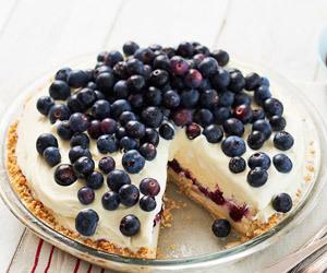 blueberry, cake, and dessert image