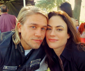 couple, Charlie Hunnam, and sons of anarchy image
