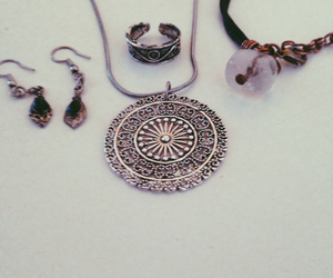 accessory, bracelet, and earring image