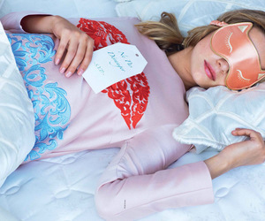 kitty, playtime, and marloes horst image