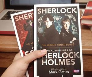 books and sherlock holmes image