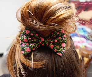 hair, bow, and flowers image