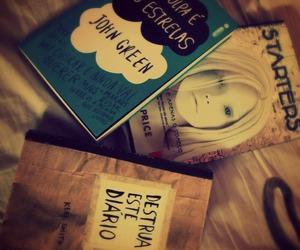 books, estrelas, and funny image