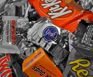 artsy, candy, and Halloween image
