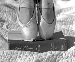 black and white, dance, and pointe image