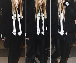 Avril Lavigne, rock, and abbey dawn image