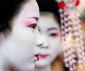 asian, geisha, and beautiful image