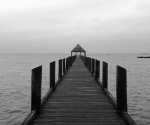 b and w, bay, and beach image