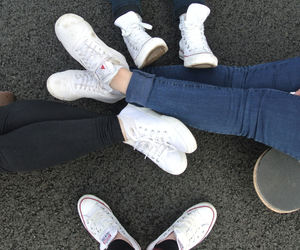 buds, converse, and hipster image