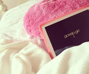 bed, rosy, and girl image
