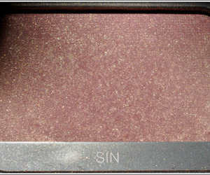 makeup, pink, and sin image