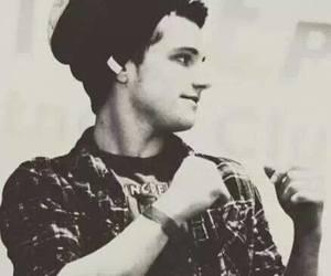 josh hutcherson, Hot, and boy image
