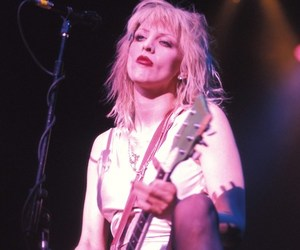 babe, Courtney Love, and hole image
