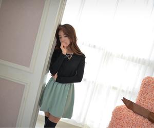 model, ulzzang girl, and kim shin yeong image