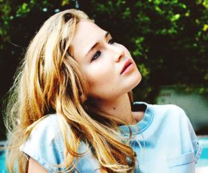 Jennifer Lawrence and actress image